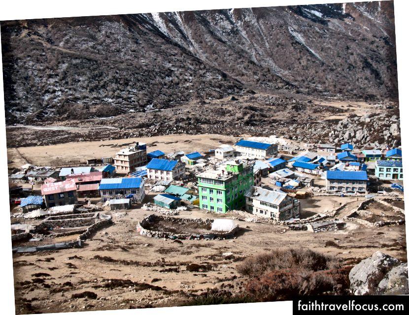 Kyanjin Gompa (3850 m)