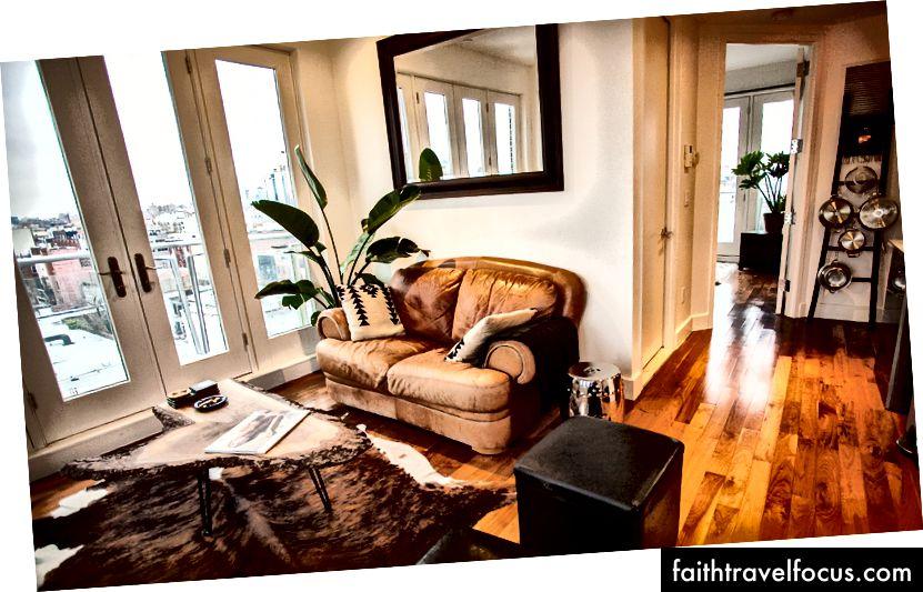 Căn hộ thứ tư của tôi ở New York, sau khi chuyển đi bốn lần. (Williamsburg, Brooklyn)