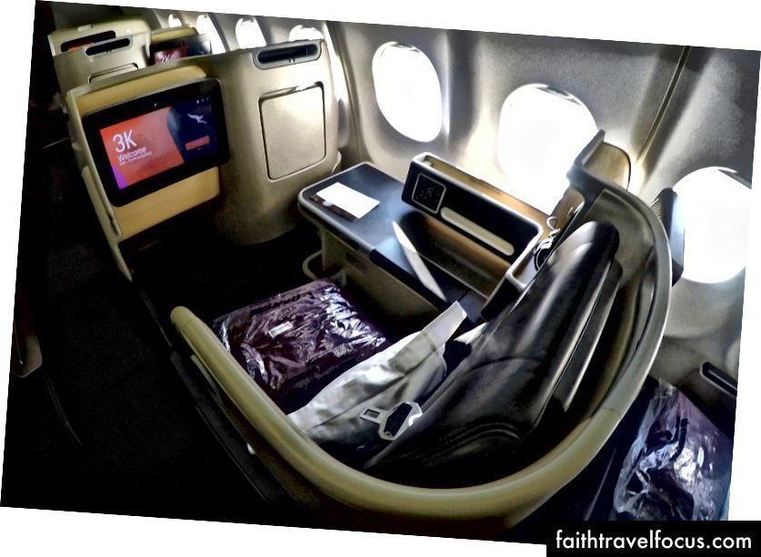 Tổng quan về hạng thương gia nội địa của Qantas A330