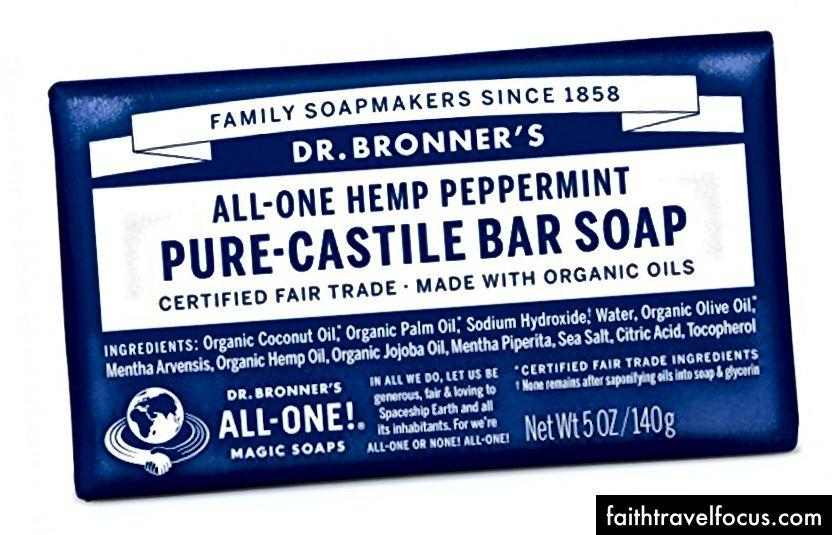 Dry Sack và Castille Soap - những thứ cần thiết cho bồn rửa và ánh sáng đóng gói! Hình ảnh lịch sự của: https://amzn.to/2H84BiA và https://amzn.to/2CilAc2