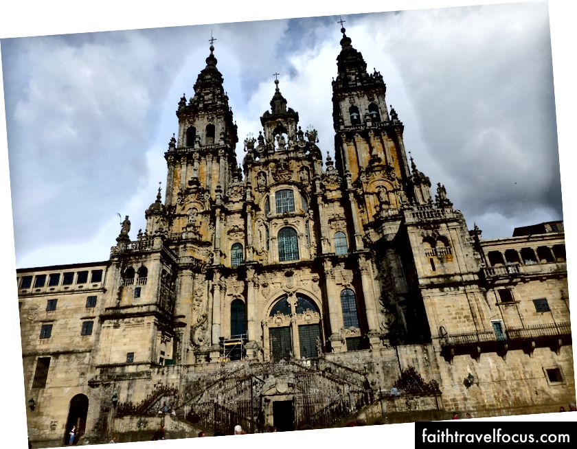 Mặt tiền lớn phía tây của Nhà thờ de de de de Compostela.