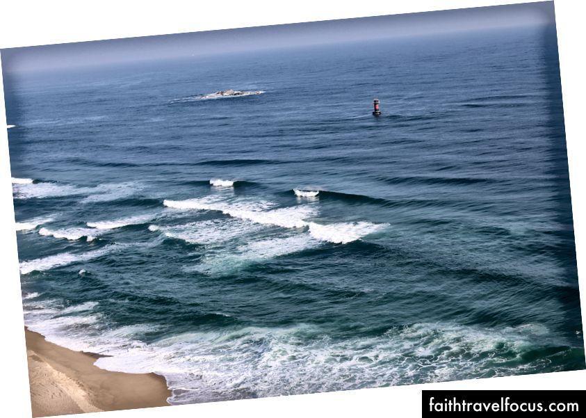 Quang cảnh lướt sóng ở đây tại Gangneung. Đây là Hàn Quốc hay Hawaii?