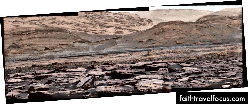 Một góc nhìn trên Núi Sharp trên Sao Hỏa, được chụp bởi NASA Rover Curiosity Mars rover | © NASA