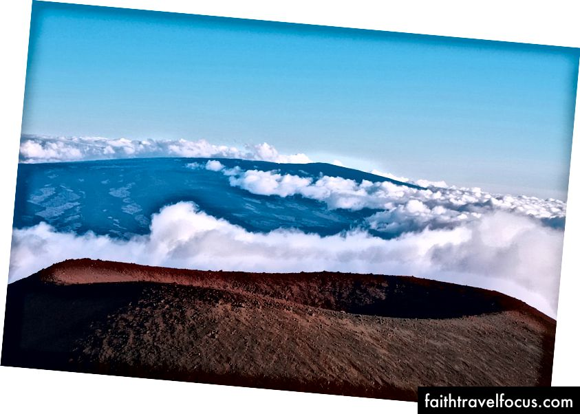 Miệng núi lửa đã tuyệt chủng ở Hawaii | © Marisa Estivill / Shutterstock