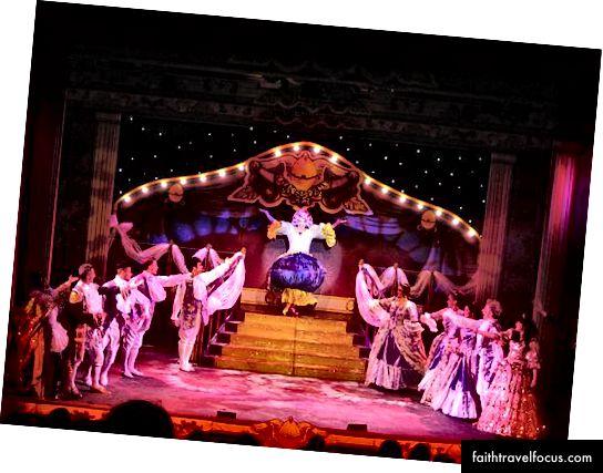 Театр Міллфілда славиться щорічною різдвяною пантомімою