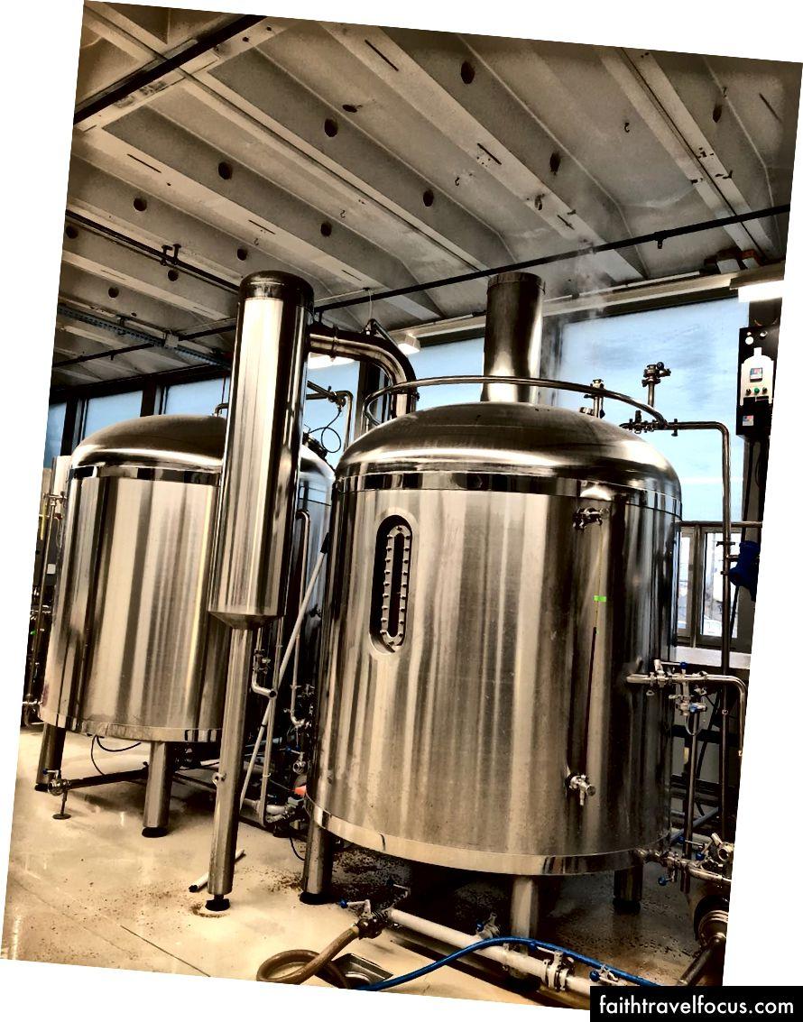 Tham quan nhà máy bia La Nébuleuse | © Chuyến đi văn hóa