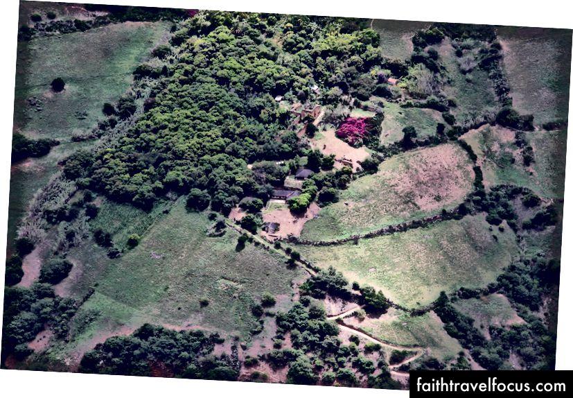 Một số tàn tích Choquequiaro thấp hơn mà chúng tôi đã không có năng lượng để đi bộ xuống.