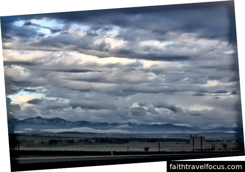 Mây và núi, 2017