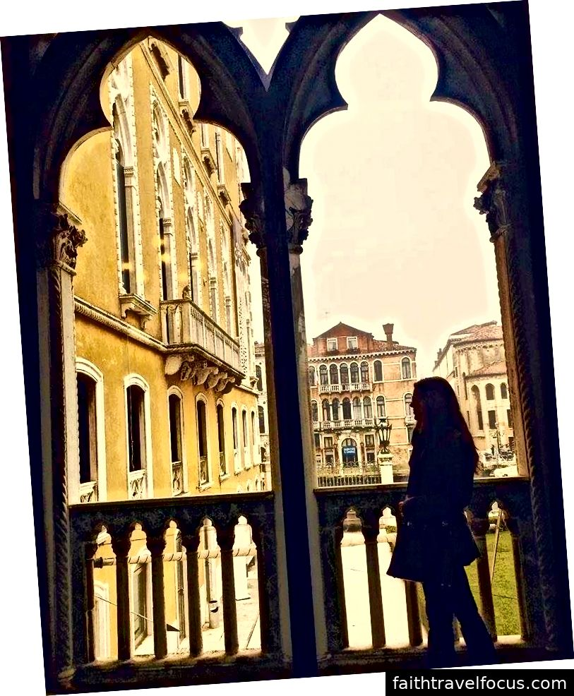 Con gái tôi ở Venice. Ảnh: Stephanie Trujillo