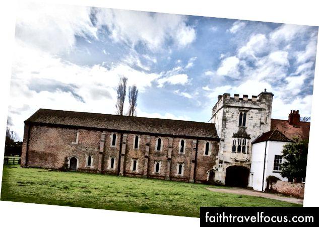 Замок Кавуд в Англії. | Орієнтир тресту