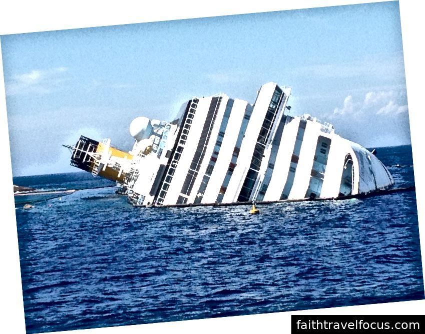 Costa Concordia ở một thiên đường Địa Trung Hải