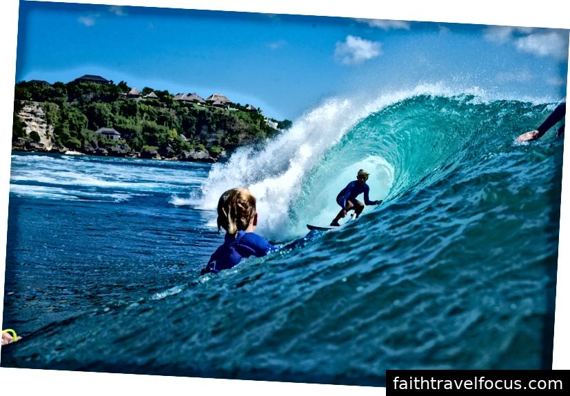 Jarvis Earle, 12 tuổi, ở Bali | © Luke Tha thứ / Volcom