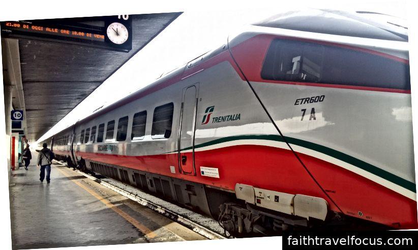 Frecciargento, один з найшвидших кульових поїздів Італії