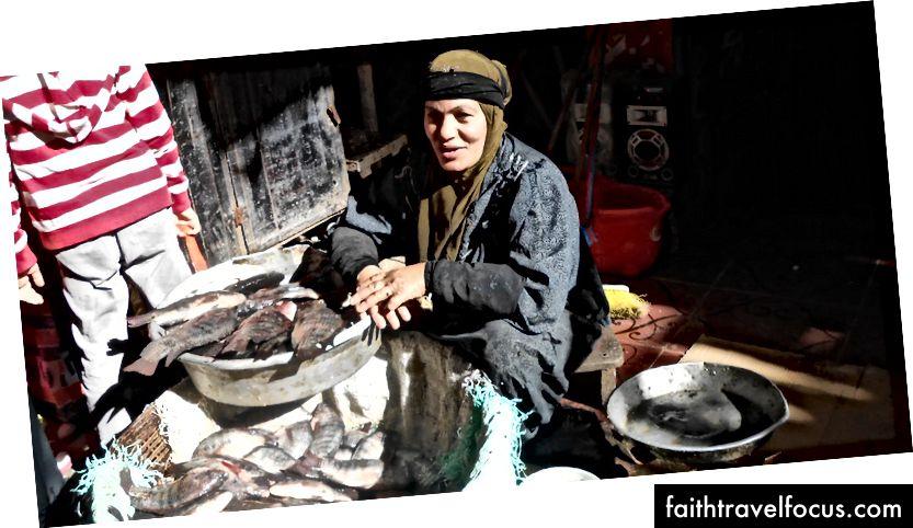 Người phụ nữ bán cá ở chợ   © Mariam Ghorab