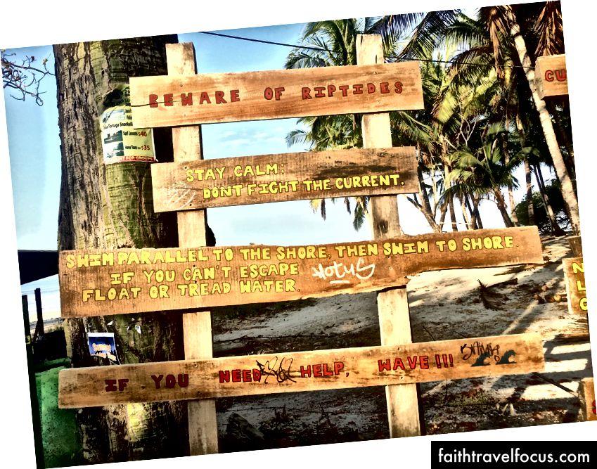 Dấu hiệu cảnh báo hiện tại rip tại Banana Beach
