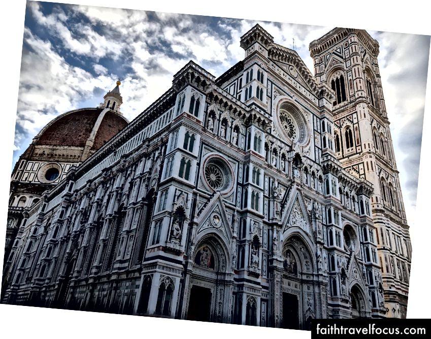 Nhà thờ trung tâm ở Florence. Trong trường hợp bạn bị mất nó.