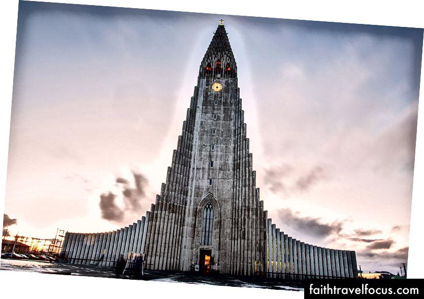 Hallgrímskirkja Церква на сході сонця, Рейк'явік