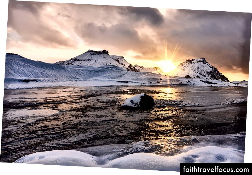 Схід сонця на зворотному шляху, льодовик Котлуйокулл