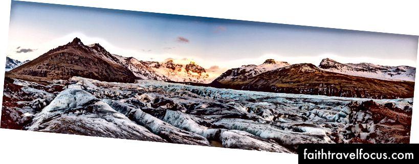 Панорамний вид на льодовик Svinafellsjokull, Скафтафелл