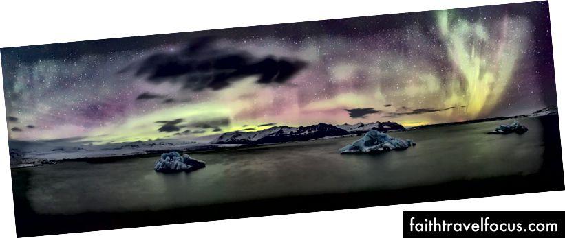 Панорамний вид на Лагуну льодовика з північним сяйвом, Джокульсарлон