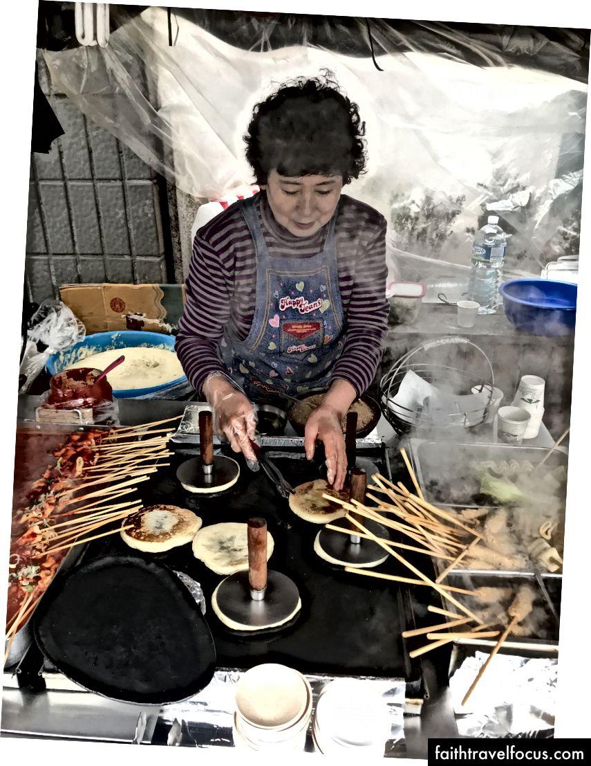 Hodduk nấu ăn trên vỉ nướng