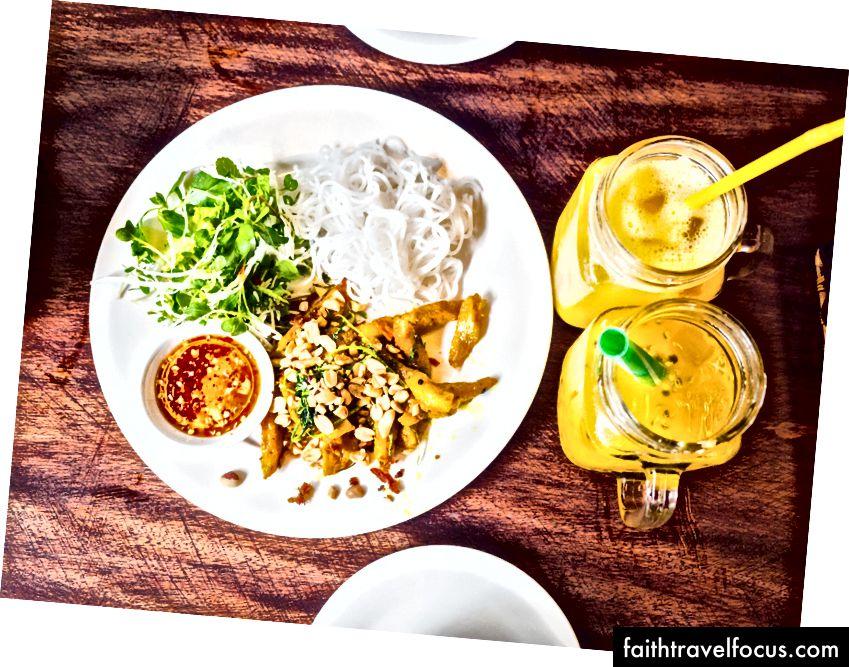Sài Gòn, Hà Nội, Hội An - bất cứ nơi nào bạn đi, thức ăn sẽ tươi và ngon