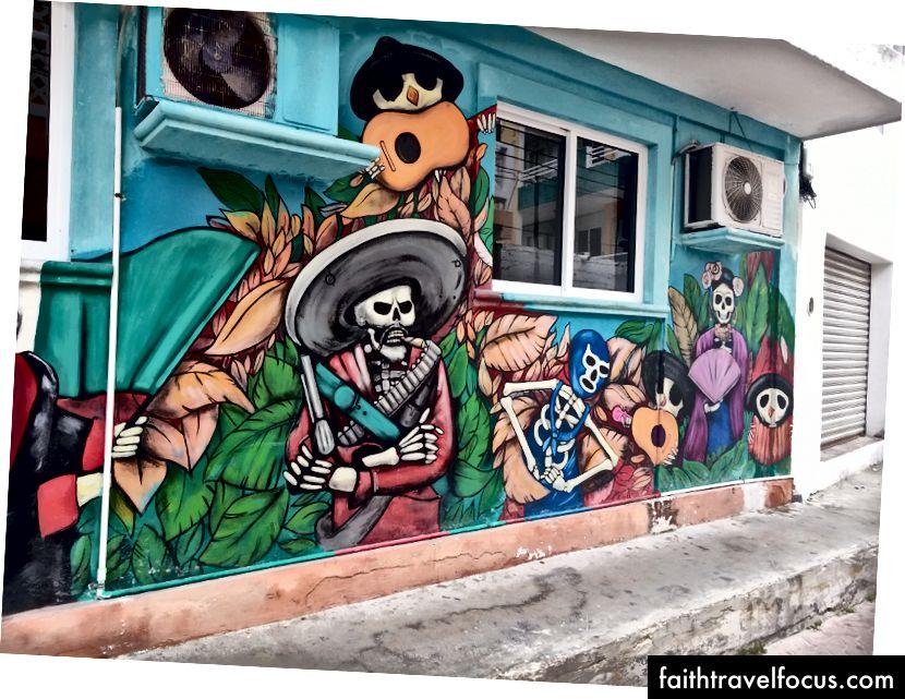 Nghệ thuật đường phố trên Isla Mujeres, một hòn đảo gần bờ biển Cancun.