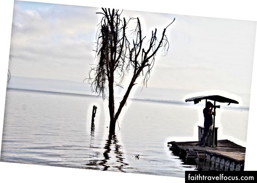 Sáng sớm trên hồ Naivasha