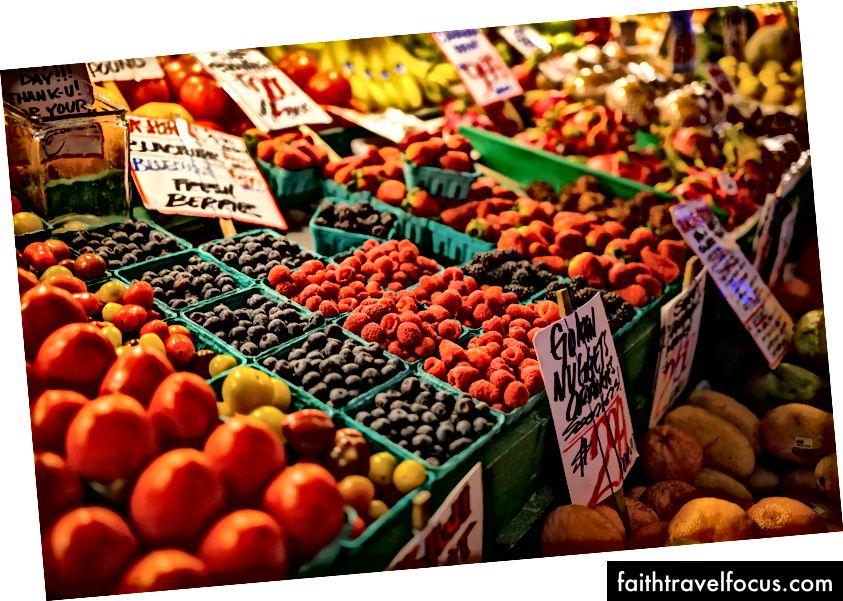 Rau quả tươi ở chợ