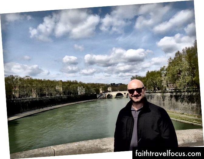 Anthony Spirito trong chuyến thăm Ý