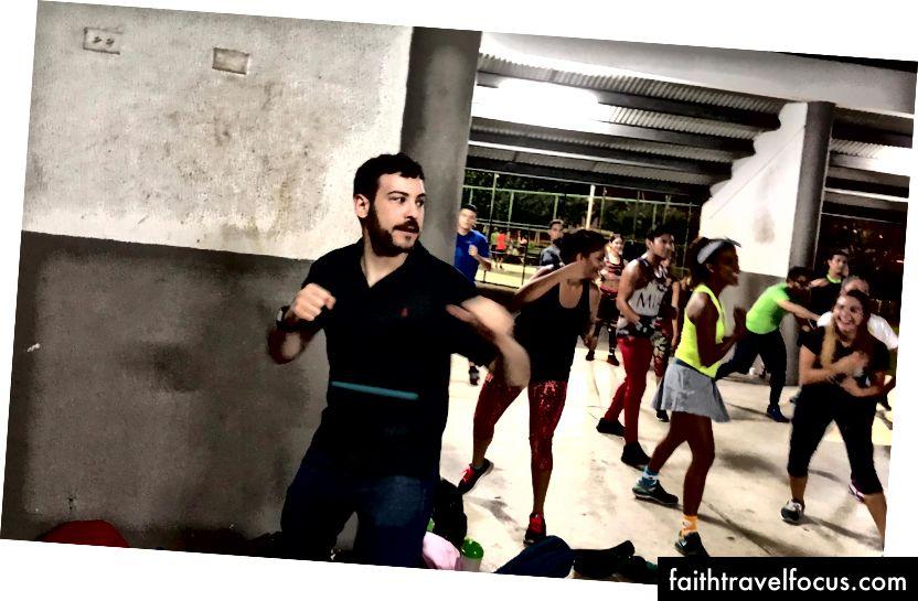 Lớp học nhảy Cinta Costera