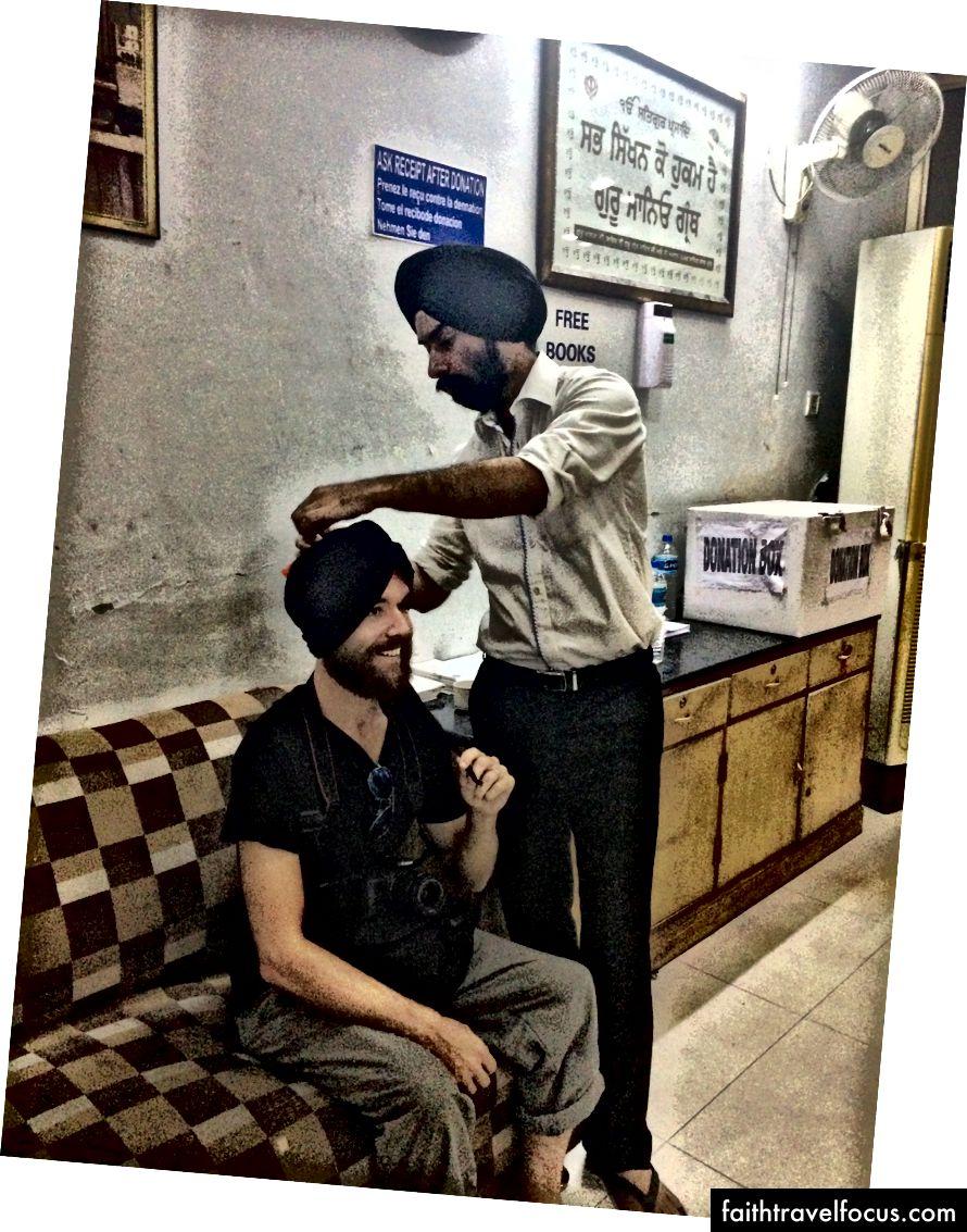 Delhi'deki Sih arkadaşımla bağlanma