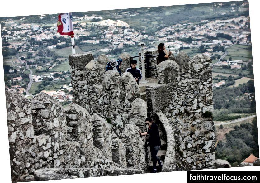 Ngày của chúng tôi tại Sintra, thăm lâu đài cũ