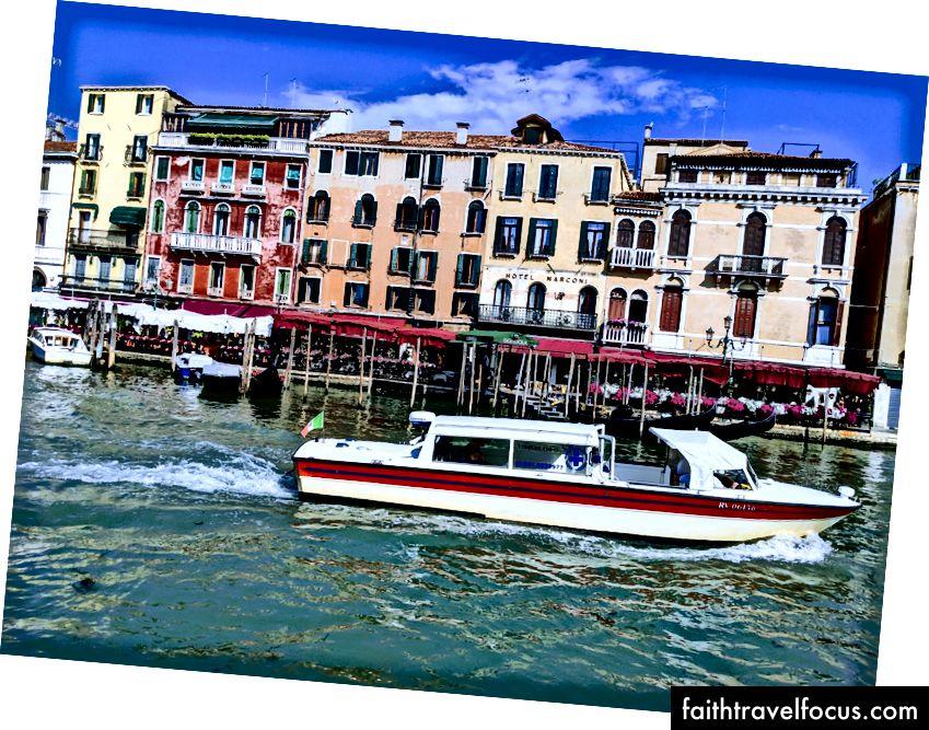 Venice, Google Photos Assistant cách điệu ảnh