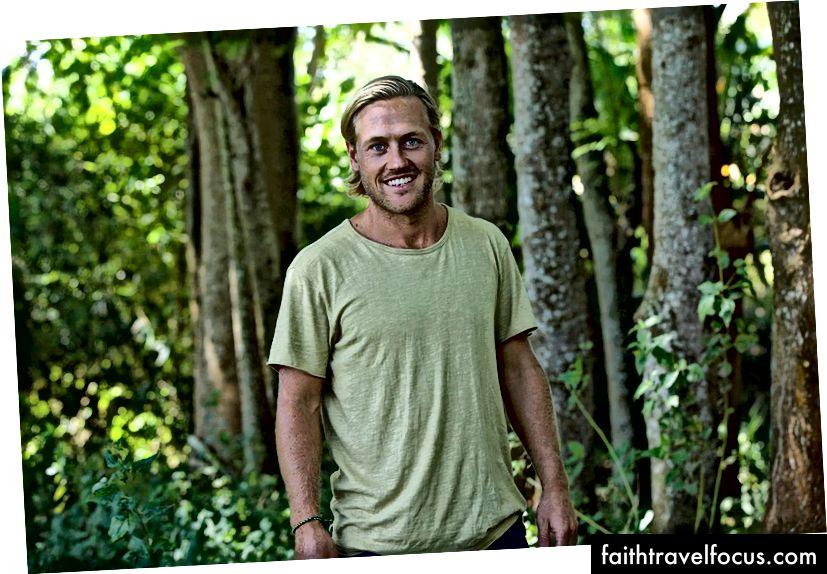 Jakob tại vị trí đồi Tampah.