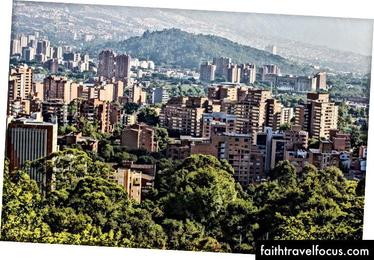 Медельїн, Колумбія, де базувався наш фонд | Кредит на фото: Pixabay