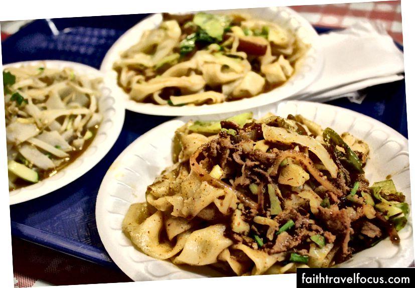 Mì kéo tay tại Thực phẩm nổi tiếng Xi Xian