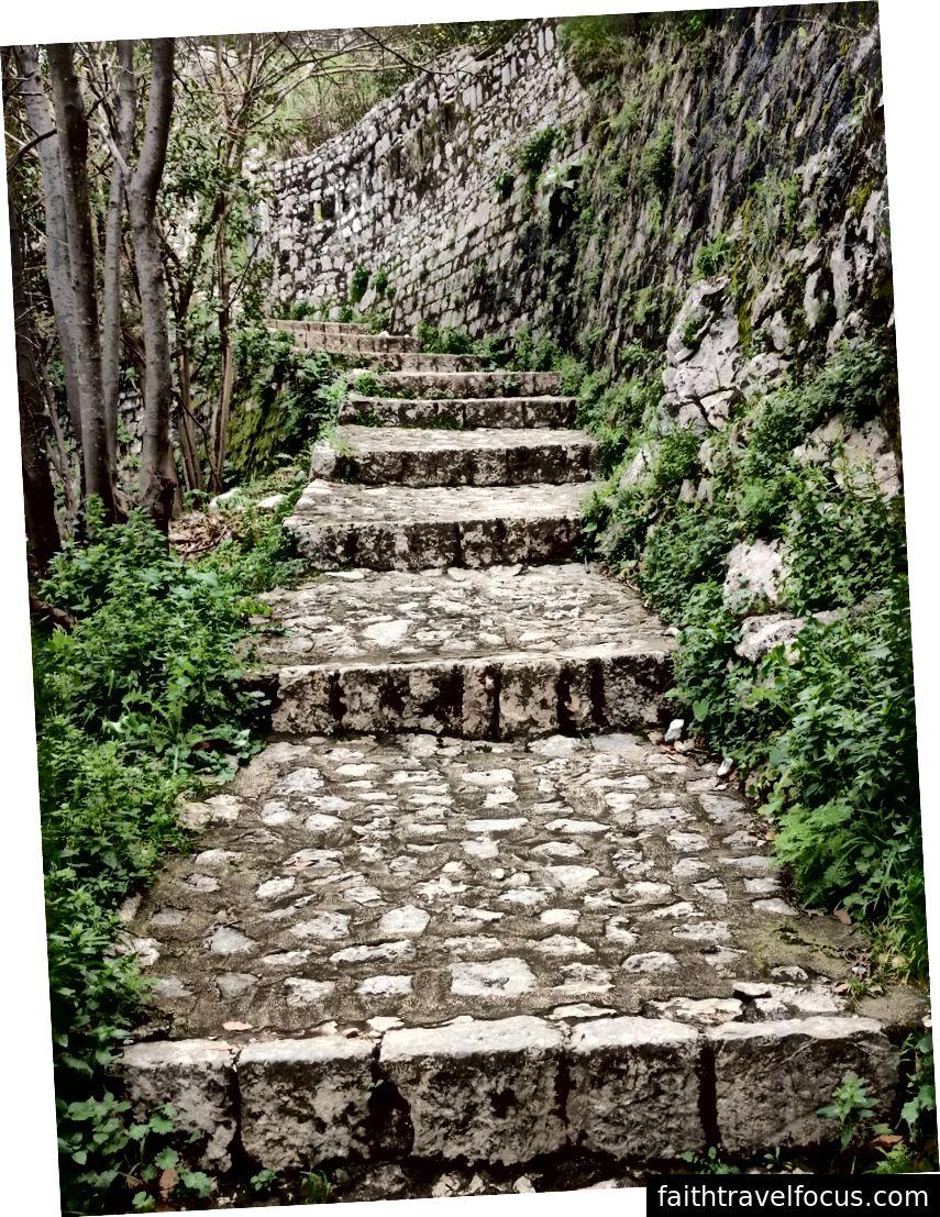 Một trong những con đường dễ dàng hơn trên đường lên.