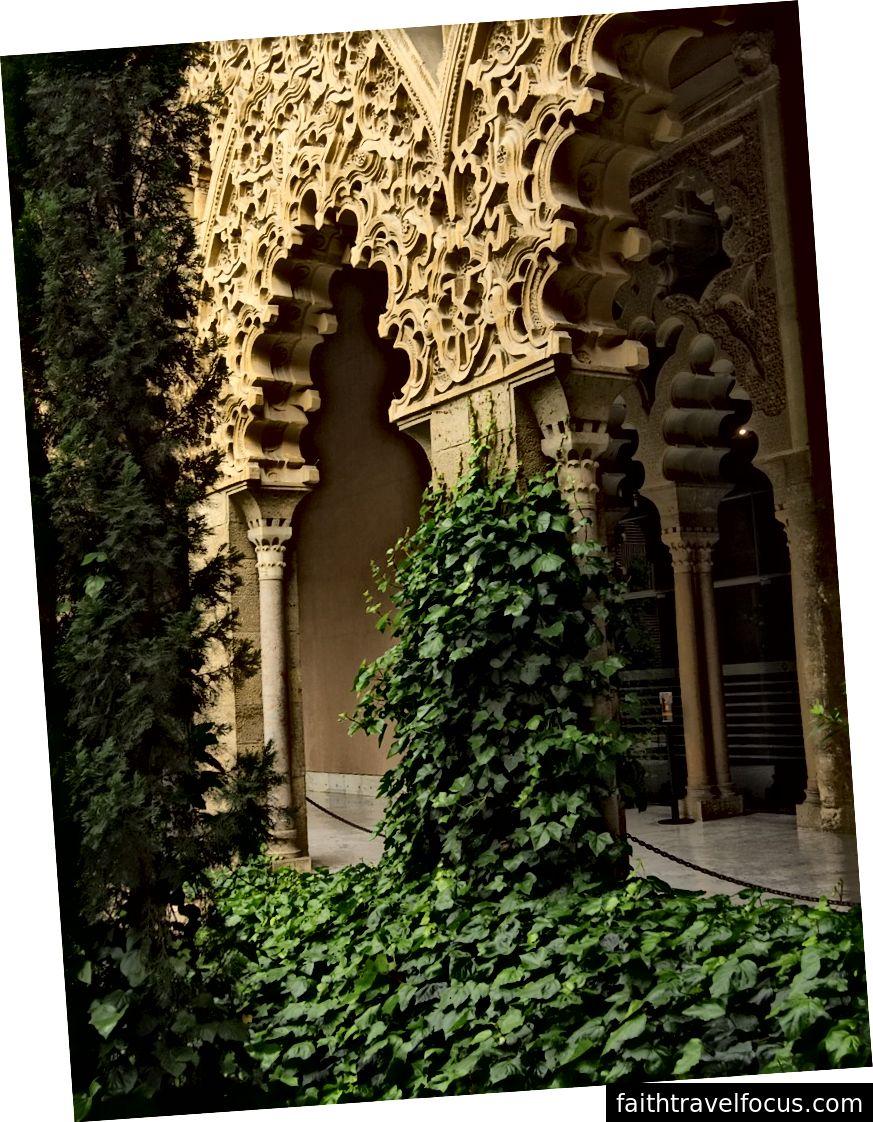 Cung điện Aljaferia, Zaragoza, Adam Craig