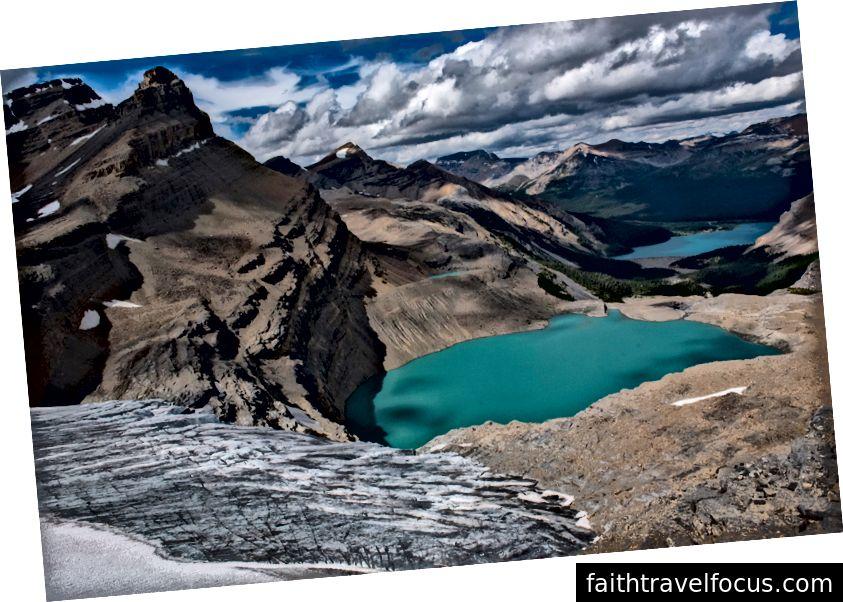 Bow Glacier, Bow Bow, Bow Lake. Ảnh của Shah Selbe.