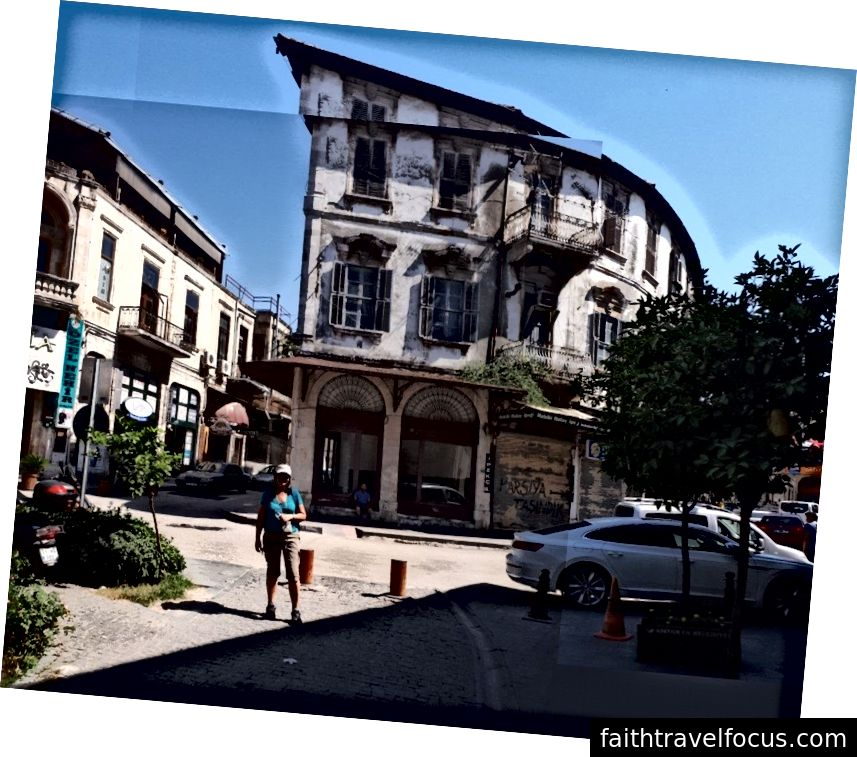 Trong khu phố cổ Antakya