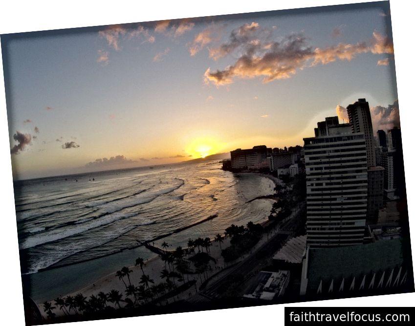 Marriott Waikiki Plajı'ndan manzara. Kıskanç mısın?
