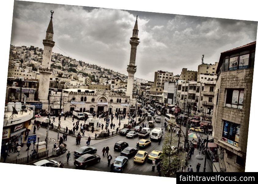 Amman şehir merkezinde, Grand Husseini Camii.