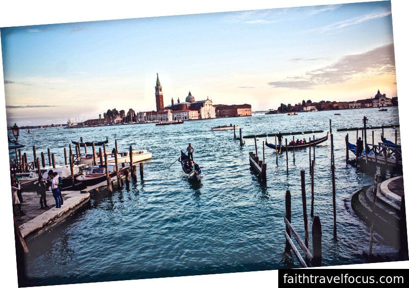 Venice trên đường chân trời (Ảnh của Joshua Stannard trên Bapt)
