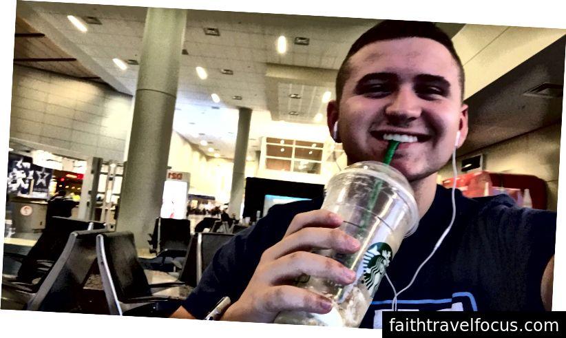 Starbucks tại sân bay