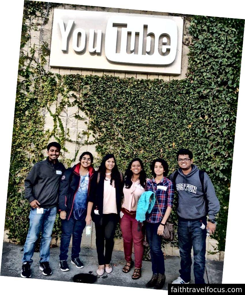 Tại trụ sở Youtube