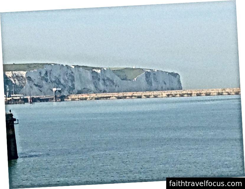 The Cliffs of Dover, được lấy từ con tàu trong hành trình năm ngoái