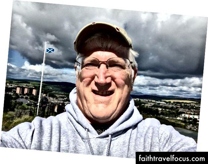 Selfie trên đỉnh Dumbarton - 34 chuyến bay trở lên