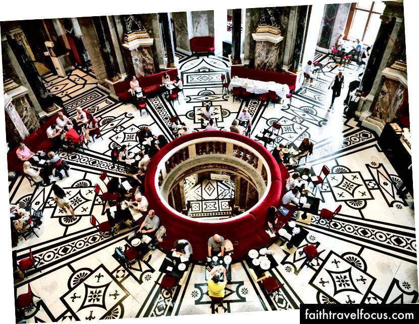 У музеї Kunsthistorisches - найбільшому художньому музеї країни