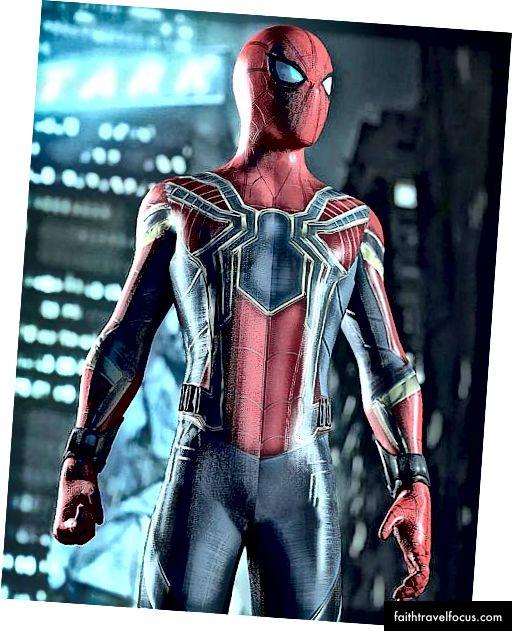 Người nhện với bộ đồ sắt từ Infinity War :)